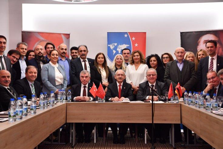 Kılıçdaroğlu, Almanya'da Sivil Toplum Örgütü Temsilcileri Toplantısı'na katıldı
