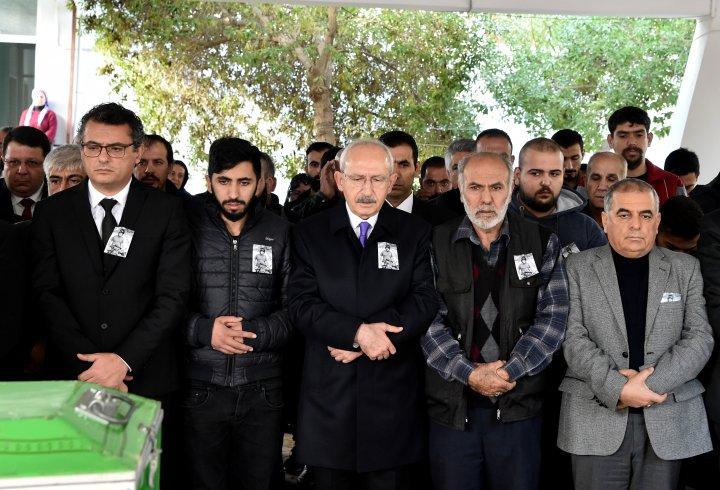 Kılıçdaroğlu, sel felaketinde hayatını kaybeden Ahmet Kılıç'ın cenaze törenine katıldı