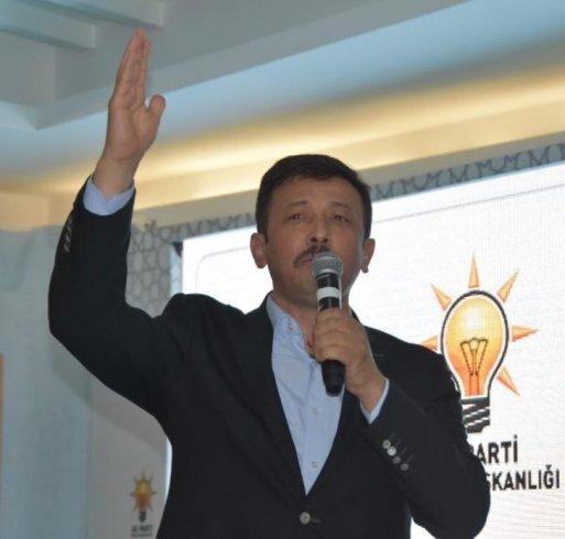 Müjdat Gezen ve Metin Akpınar hakkında AKP'den ilk yorum: 'Düşünce özgürlüğü sınırları da belli'