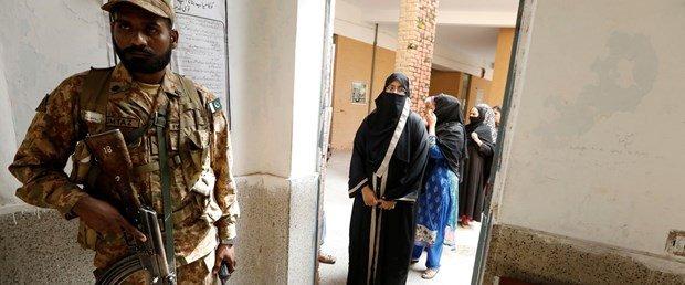 Pakistanda intihar eylemi: 25 ölü