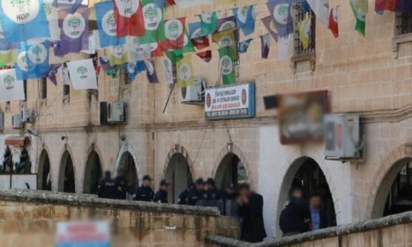 Şanlıurfa'da açlık grevi başlatan HDP'lilere operasyon: 38 gözaltı