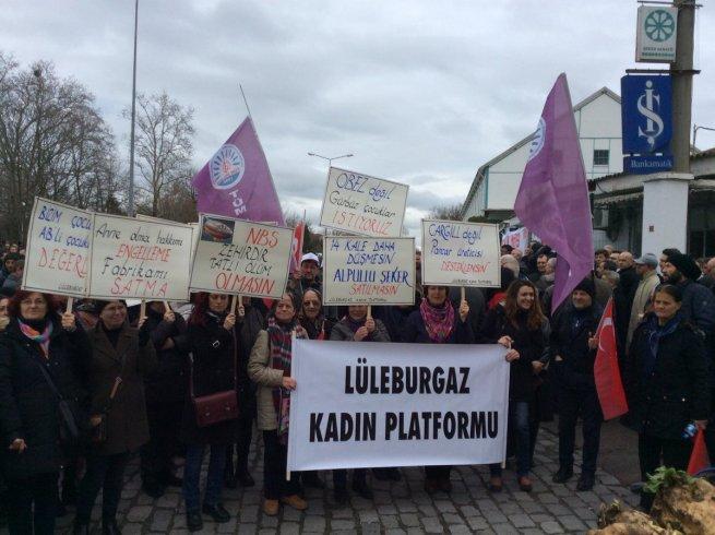 Şeker fabrikalarının özelleştirilmesi kararı Alpullu Şeker Fabrikası önünde protesto edildi