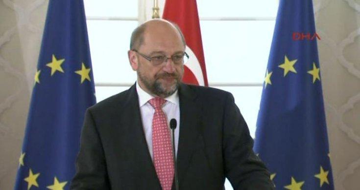 SPD Genel Başkanı Schulz görevinden istifa etti