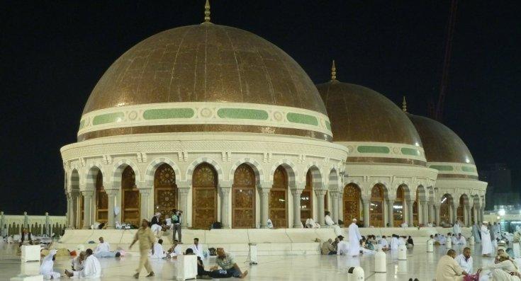 Suudi Arabistan, hutbe ve vaazları kontrol edecek telefon uygulaması çıkarıyor