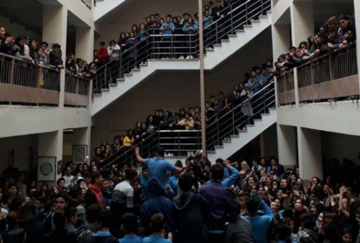 Tacize isyan eden öğrencilere okuldan uzaklaştırma cezası