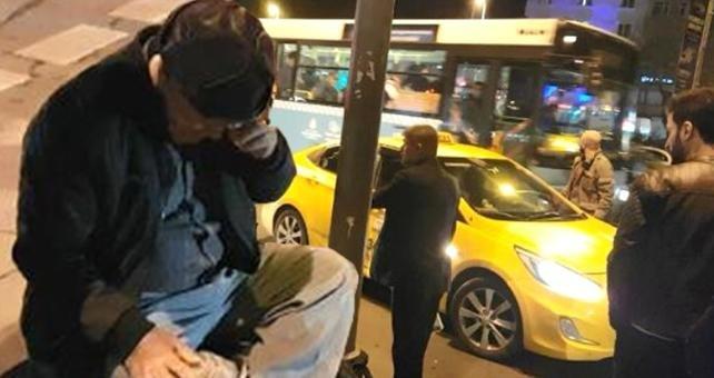 Taksici ücrete itiraz eden kanser hastası turisti darp etti