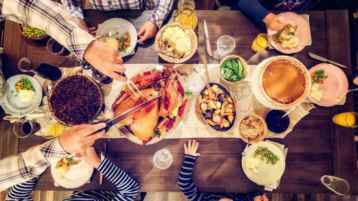 Türkiye, yemek yemeğe ortalama 1 saat 58 dakika ayırıyor