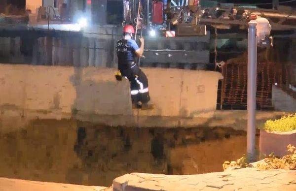 Ümraniye'de metro inşaatı çalışmasında göçük; 2 güvenlik görevlisi göçük altında