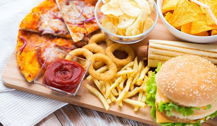 Yağlı ve şekerli yiyecekler beyni 4 günde bozuyor