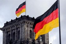 Almanya'da oruç tutan Müslüman doktorların, pilotların, otobüs ve tren sürücülerinin çalışmalarının yasaklanması talebi