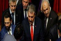 Destici, 'Erdoğan'ı seçtirmemeye yönelik bir çalışma yürütülüyor' dedi, sosyal medyada alay konusu oldu: Buna demokrasi diyoruz