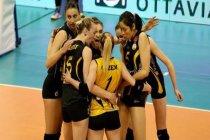 Yeni Akit yazarı Ahmet Gülümseyen: Vücut hatları görünüyor, bayan voleybol takımı olmasın