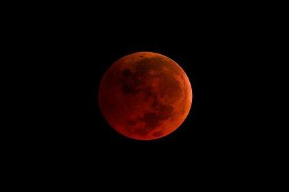 21. yüzyılın en uzun 'Kanlı Ay' tutulması 27 Temmuz'da yaşanacak