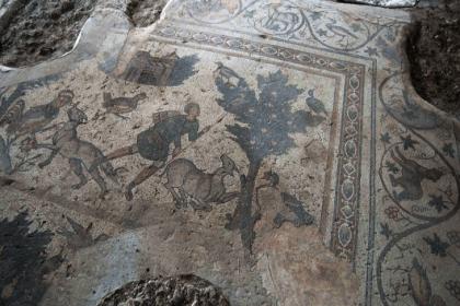 2400 yıllık Germenicia Antik Kenti'nin mozaikleri gün yüzüne çıkarılıyor