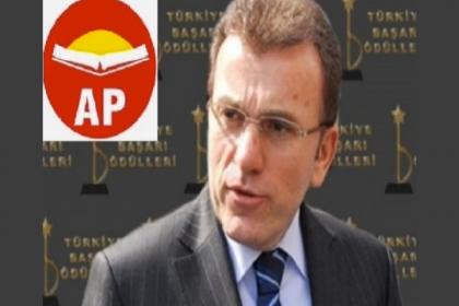 Adalet Partisi Genel Başkanı Vecdet Öz: Türk Ordusu siyasete mesafeli durmalıdır