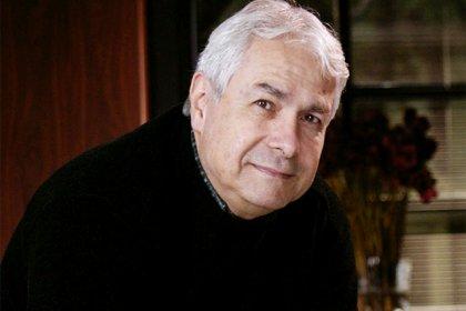 'Adalet Sizsiniz' oyununun yazarı Ümit Denizer, Can Ataklı'nın konuğu oluyor