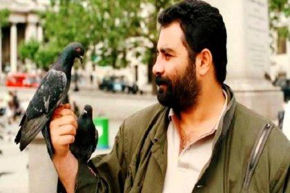 Ahmet Kaya, 'Hep Sonradan' ile yaşamından kesitlerle ilk kez tiyatro sahnesinde