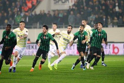 Akhisarspor'a 3-0 yenilen Fenerbahçe, İstanbul'a otobüsle döndü