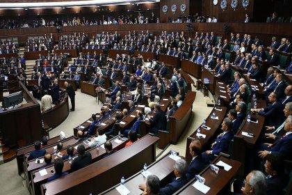 AKP grubunda seçim yapıldı