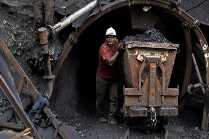 AKP'nin hazırladığı yeni yasa teklifiyle önüne gelen madenci olabilecek