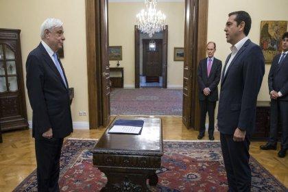 Aleksis Çipras, Yunanistan Dışişleri Bakanlığı'nı üstlendi