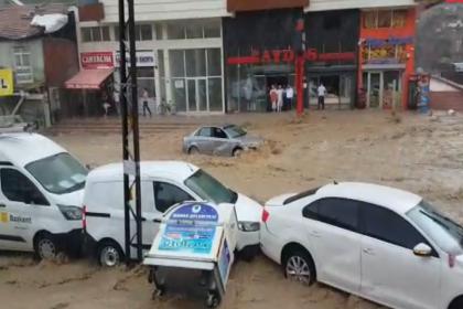 Ankara'da sel felaketi: 6 kişi yaralandı