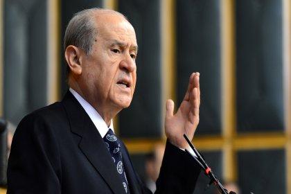 Bahçeli: CHP'nin İş Bankası'ndaki hisselerinin Hazine'ye devri için destek veririz