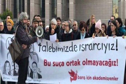 Barış akademisyenlerine hapis cezası