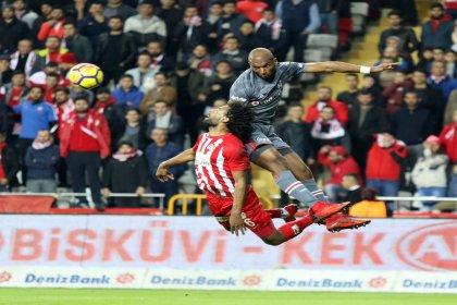 Beşiktaş, Antalyaspor'u deplasmanda 2-1 yendi