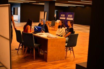 Beylikdüzü Belediyesi'nden öğrencilere ücretsiz danışmanlık hizmeti