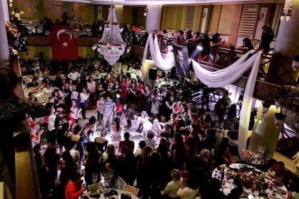 Bosna Sancak Sosyal Yardım ve Kültür Derneği'nin 'Kadınlar Gecesi'ne yoğun ilgi