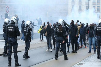 Brüksel'de göçmen karşıtlarından protesto eylemi