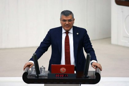 CHP'li Barut: Türk vatandaşlığına hak kazanma koşulları neden kolaylaştırılıyor?
