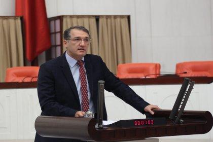CHP'li İrgil'den Sağlık Bakanı'na mecburi hizmet sorusu