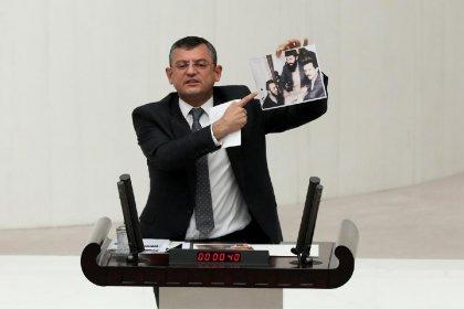 CHP'li Özel'den 'Dağdelen görüşmesine' fotoğraflı yanıt