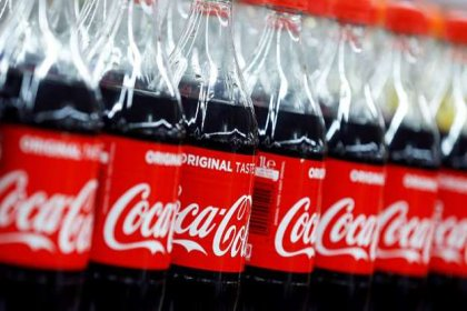 Coca-Cola 130 yıllık geleneğini bozdu