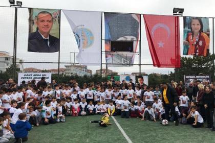 Çorlu'daki tren kazasında hayatını kaybeden Oğuz Arda Sel'in anısına Uzunköprü'de futbol akademisi açıldı