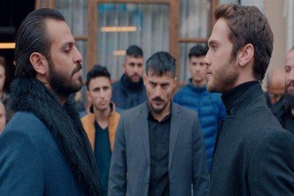 Çukur'da 'Metin, Kemal, Kahraman' ayrıntısı