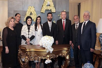 Cumhurbaşkanı Erdoğan Arda Turan'ın nikah şahidi oldu