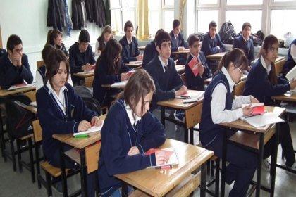 Ders kitaplarında ayrımcı ögeler arttı