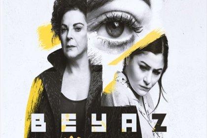 Derya Alabora ve Deniz Çakır 'Beyaz' isimli oyun ile yeniden sahnede