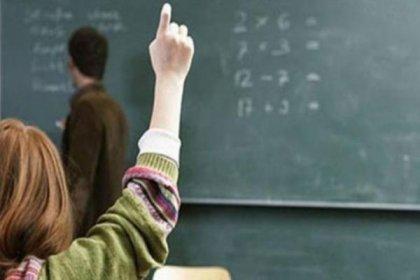 """""""Devlet okulunda 200 lira ödeyen veli, istediği öğretmeni seçebiliyor"""" iddiası"""
