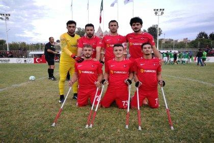 Dünya Kupası'nda Rusya'yı 5-1 yenen Ampute Milli Takımı yarı finale yükseldi