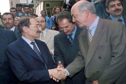 Ecevit'in 12 yıl saklı tutulan anılarından: Kemal Derviş şeytani hesaplar içerisindeydi