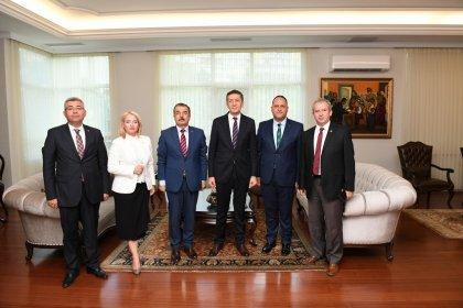 Eğitim İş'ten Milli Eğitim Bakanı Ziya Selçuk'a ziyaret