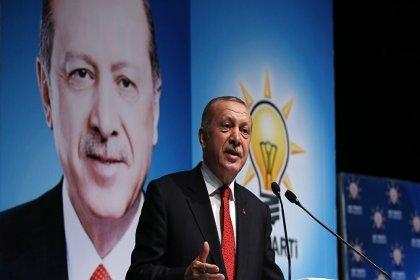 Erdoğan yeniden AKP Genel Başkanı seçildi