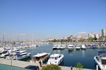 Fenerbahçe-Kalamış Limanı'nda balıkçılar kazandı