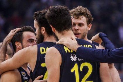 Fenerbahçe, Olympiakos'u deplasmanda devirdi