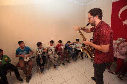 Hollandalı Grup Koffie'den Roman çocuklara müzik atölyesi