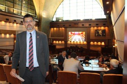 İBB, meclis üyelerine yurt dışı görevlendirmeleri hangi ödenekle yaptırıyor?
